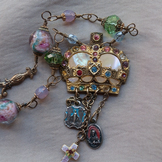 Reserved for Lisa...Sa Majesté / Her Majesty / Reconstructed Antiques Necklace