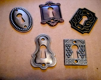Keyholes Connectors Key Holes Skeleton Keyhole Steampunk Keyhole Pendants Lock Charms Escutcheon Assorted Pendants Silver Bronze Copper-5pcs