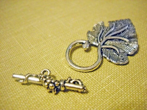 T Clasps Toggle Clasps Grape Leaf Clasps Large Clasps Ornate Design Bar Clasp Antiqued Silver 4 Sets