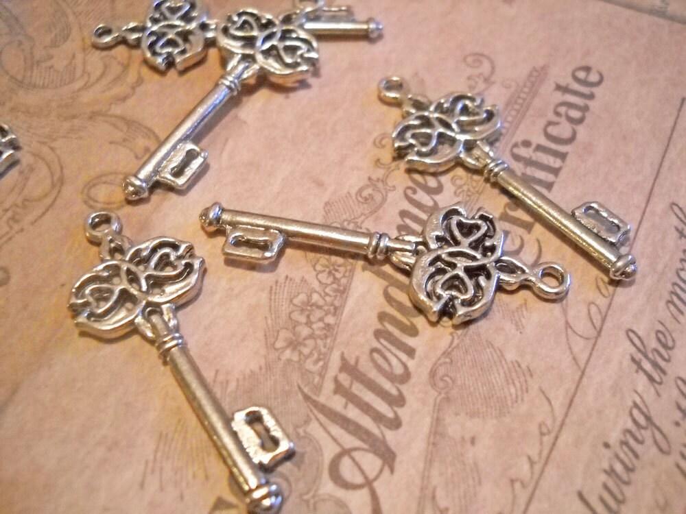 skeleton bulk key pendants wholesale key charms pendants