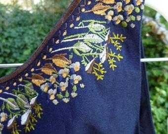 SALE...2 piece Women's Summer Pant Suit, Size 5 / 6