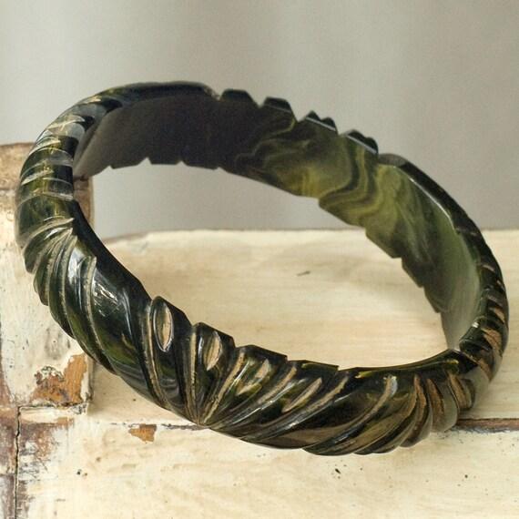 Vintage Bakelite Carved Green Bangle Bracelet