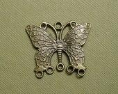 6pcs-Butterfly Focal Antiqued Brass Pendant  Link Connector 33x27mm .