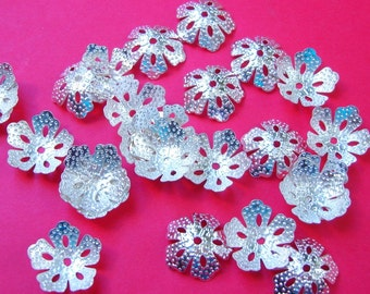100pcs -Bright Silver  Plated Bead Caps 14mm.