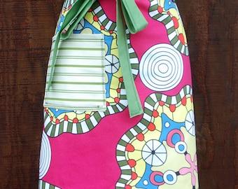 Bright pink apron, greens, yellow, heavy canvas, large pocket, bistro, gardener, teacher