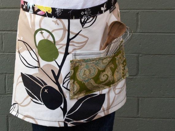 Olive green apron, leaves, birds, pockets, canvas, woman's half apron
