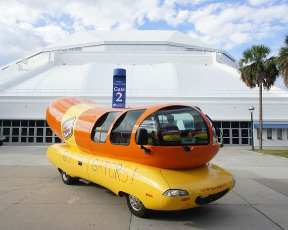 Oscar Meyer Wiener Hot Dog Mobile 8 X 10 Photo at the University of FLORIDA O'Dome
