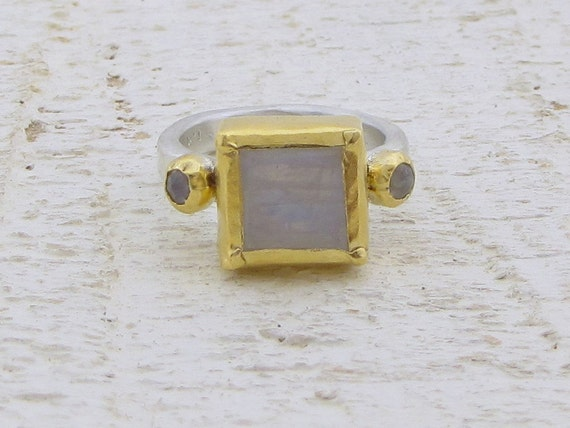 Moonstone Ring - 24k Solid Gold & Silver Rainbow Moonstone Ring - Gemstone ring - SIZE 4.5
