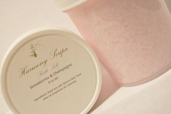 Strawberries & Champagne Bath Salt 4 oz Jar