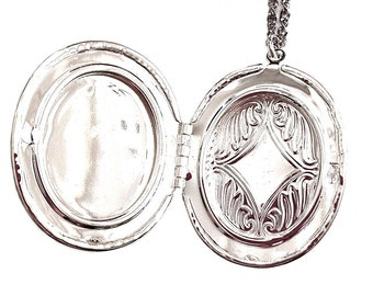 Anatomical Heart Locket - Red Cameo Necklace