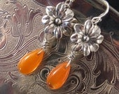 Vintage Earrings, Bridesmaid Gift, Flower Power Earrings, Upcycled, Reclaimed Earrings, Orange, Glass Teardrops, OOAK - Clementine