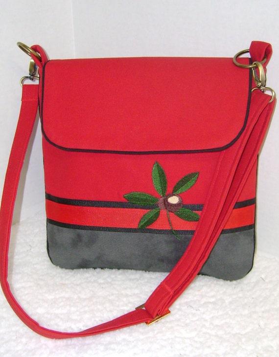 Red and Marble Grey Buckeye Leaf Medium Crossbody Purse