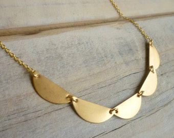 Geometric Scallop Necklace... Vintage Brass Gold Lace Collar Pendant