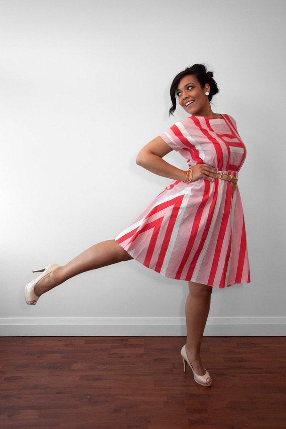 Vintage 70's Candy Striper Cutie Cora/White Summer Dress // Size 14/16