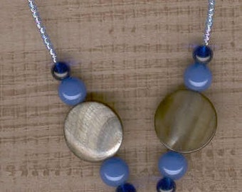 Mother of Pearl & Agate necklace