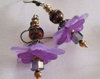 Spring is here, Purple Flower Crystal earrings