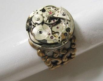 Steampunk Round Medium Vintage Watchworks Ring