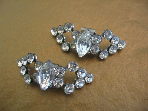SALE - Vintage Clear Rhinestone Bow Shaped Shoe Clips