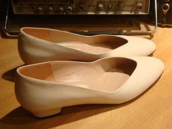 Amalfi Cream Leather Flats