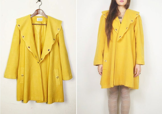 Reduced-  WoozWass Vintage 1970s Mustard/lemon yellow Japanese Wool cape coat with big shawl collar,size M