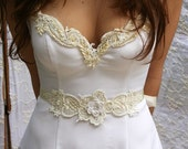 Dress Sash White and Ivory Flower Of Vintage Lace