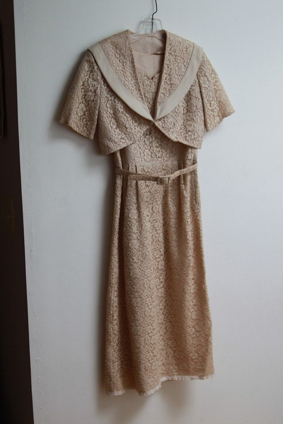vintage cream beige lace sheath dress with shrug by. Black Bedroom Furniture Sets. Home Design Ideas