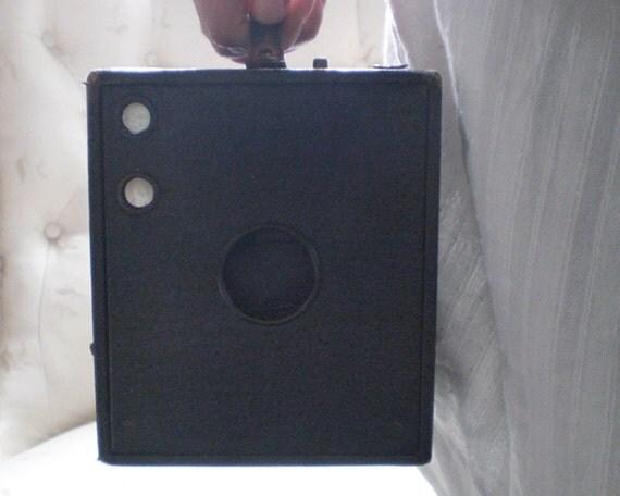 Antique Brownie Box Camera - Eastman Kodak No. 3 Brownie Model B, Ca. 1911