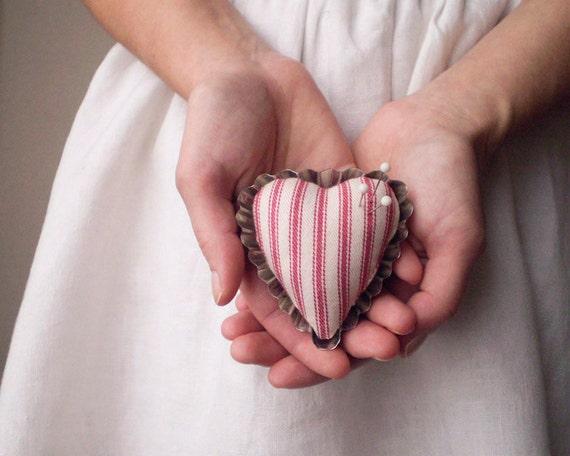 Heart Pincushion - Rustic Red Ticking, Petite Tartlet Tin