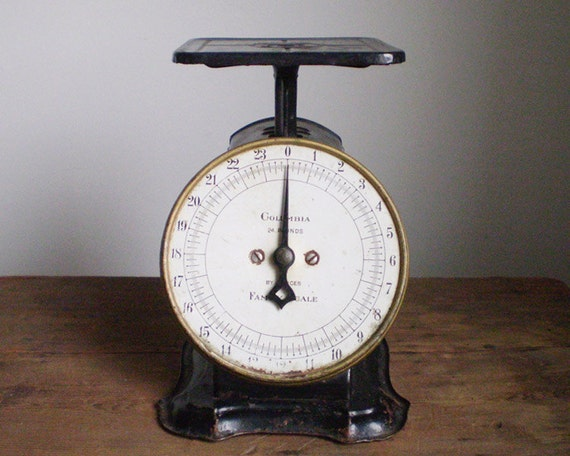 Rustic Antique Heirloom Scale - Shapleigh Hardware Co. Columbia Family Scale