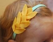 Leaves Headband in Yellow Felt/Mint Elastic
