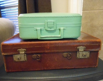Jez4U Vintage suitcase brown one pictured here missing handle you could add some ribbon or go with it on a stack very vintage and rugged