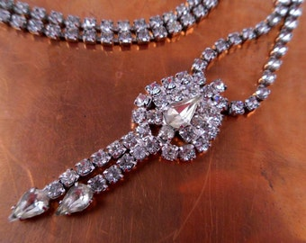 Sale 25% Off Use Coupon Code SAVE25 // Rhinestone Necklace Countess Champagne Drops Vintage 50s x