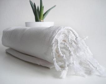 SALE 50 OFF/ Turkish Beach Bath Towel / Classic Peshtemal / White / Wedding Gift, Spa, Swim, Pool Towels and Pareo