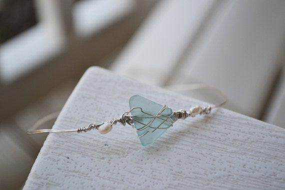Seaglass Beaded Bracelet with Pearls - Wire Wrapped - Silver
