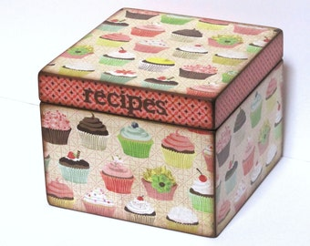 Recipe Box - Cupcakes - 4x6 inch wood recipe card box - DOUBLE SIZE - Twice as deep to hold twice as many recipe cards
