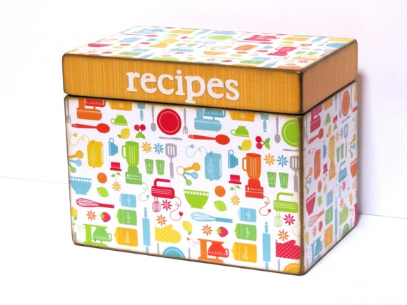 Recipe Box - Kitchen Gadgets - for 4x6 inch recipe cards - Personalized