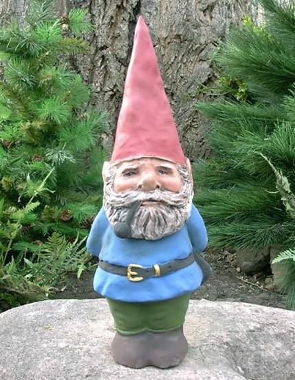 Garden Gnomes On Sale: SALE Willard 14 Hedgerow Garden Gnome Blue W/ Pipe R81B