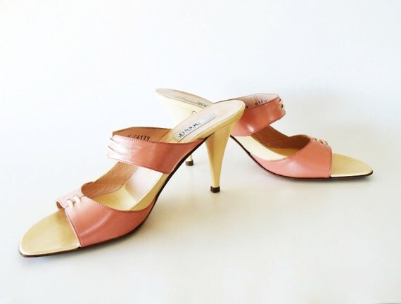 Vintage Monica Magli Pearl Coral Pink & Cream Leather Heels Made in Italy Size 9