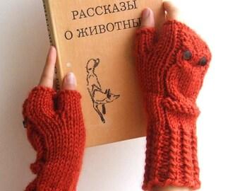 Owl fingerless mittens / gloves / wristwarmers in red rust, wool alpaca acrylic yarn blend