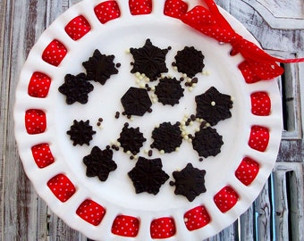 Mini Gourmet Chocolate Snow Flakes (4 Dozen)