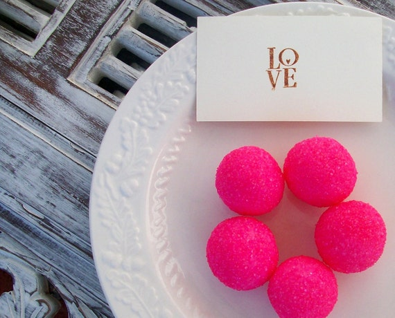 Xocolatl Original Strawberry Chocolate Truffles (16 count) as Seen in Brides Magazine