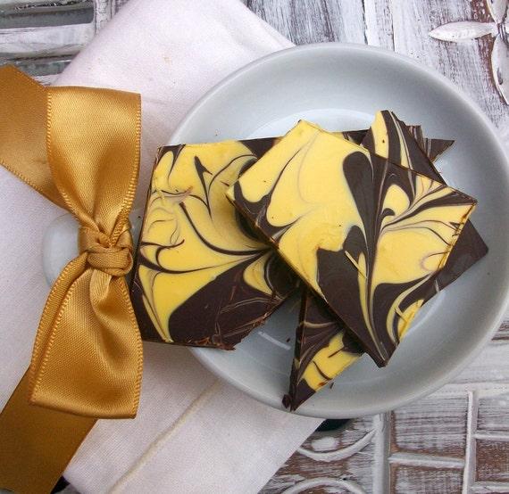 All Natural & Organic Eggnog Chocolate Bark (8 oz.)