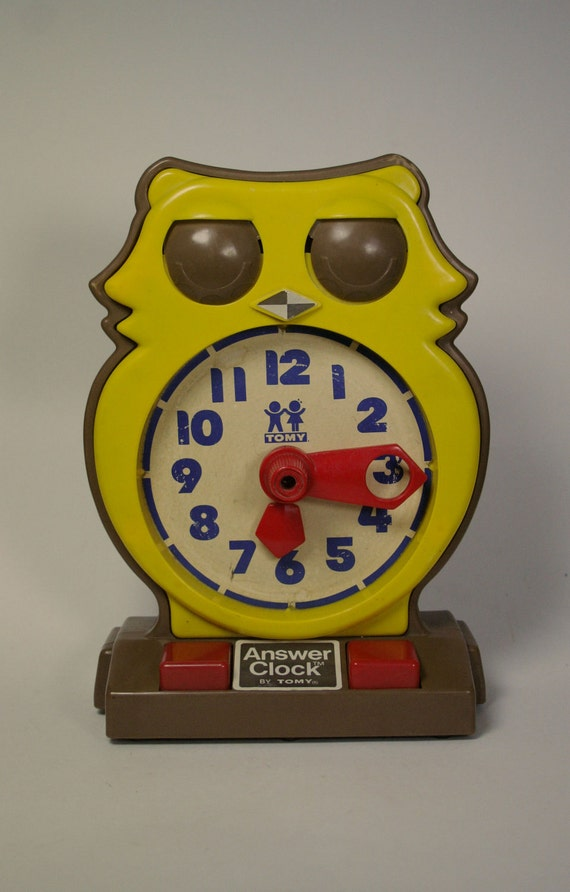 Vintage Owl Tomy Answer Clock - Learning Tool - 1975