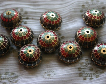 SALE Flower bulbs in Green   - Floral Cloisonne beads (2)