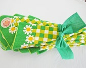 Six Vintage Cotton Napkins Mod Daisy Flower Green Yellow Gingham Check Like New Orange White Fallani and Cohn
