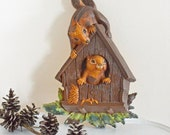 Vintage Squirrel Wall Plaque Chipmunk Couple in Bird House Homco Dart 1977 Resin Plastic Brown Green Autumn Fall