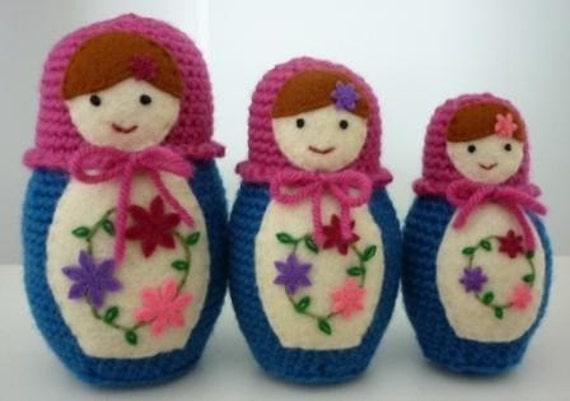 Russian Matryoshka Babushka Doll Trio Crochet Pattern