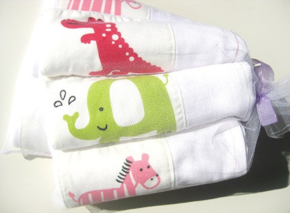 Muslin Swaddle Wraps, Burp Cloths, Cotton Gauze Muslin square (3 pack)
