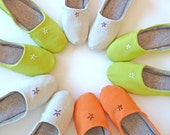 Travelling Slippers, Green