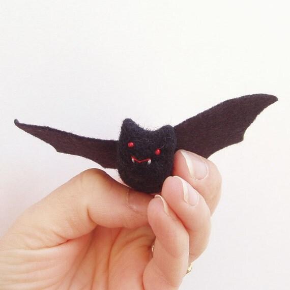 vampire bat needle felt Halloween decoration